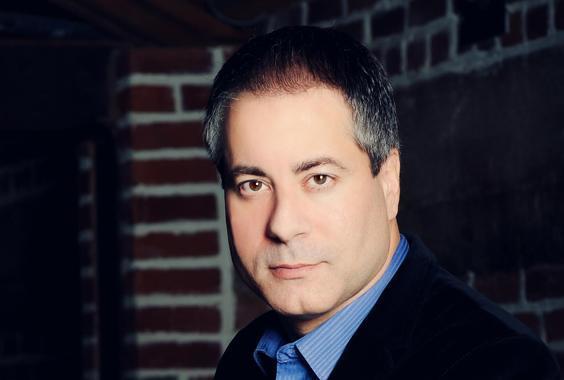 Steven Kochones