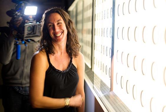 Anna Mia Davidson: Inside Iris Nights